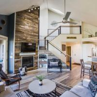 Modern Bend Vacation Condo