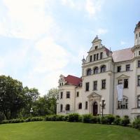Schloss Groß Lüsewitz