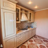 Apartment on Guryanova 19