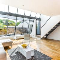 Great 1 Bedroom Penthouse in Shoreditch with roof terrace