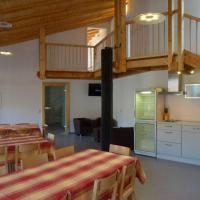 Grosse-Eifel-Ferienwohnung-Gaeste-Lounge-fuer-zwei-bis-zehn-Personen