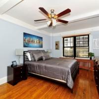 Perfect 3 BR, Midtown East, Doorman Apt