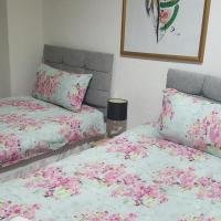 Ayr Town Apartment For Large Groups & Contractors