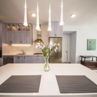Pinsker (New 2017) – 2 Bedrooms & 2 Bathrooms