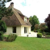 Spacious house 5 min from Deauville