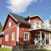 Four-Bedroom Holiday Home in Arjang