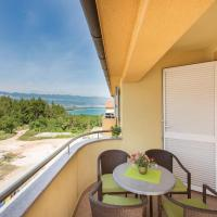 Two-Bedroom Apartment with Sea View in Cizici