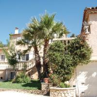 Six-Bedroom Holiday Home in Sussargues