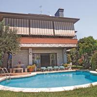 Holiday home Pineda de Mar 95 with Outdoor Swimmingpool