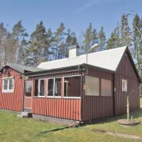 Two-Bedroom Holiday home Oskarström 07