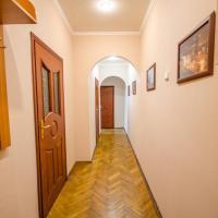 Apartment on Velyka Vasylkivska 29