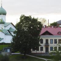 Guest House on Verkhne-Beregovaya