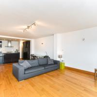 Charming 2 BD Flat in the Heart of Fulham Broadway
