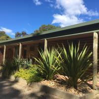 Mallacoota Log cabins