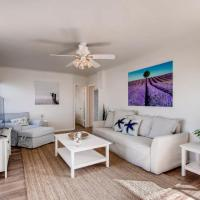 9 Blocks to the Beach from this Beautiful Beach Bungalow
