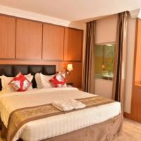 Grand Pela Hotel & Suites