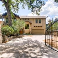 Luxurious 4 Bedroom Home in Central Austin