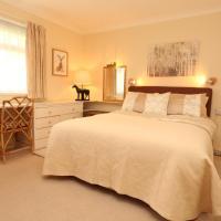 Heath View Luxury Apartment