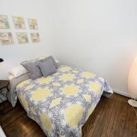 East Village Convenient Apartment