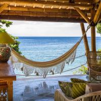 Aquamarine Beach Villas