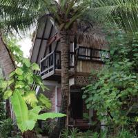 Panji Panji Tropical Wooden Home