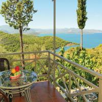 Four-Bedroom Holiday Home in Theologos