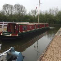 Vinnie - Narrowboat