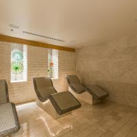 Waldorf Residences Majestic 1 Bedroom 1 Bathroom Residence