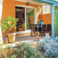 Studio Holiday Home in L'isle Sur La Sorgue