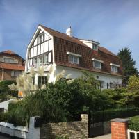 Villa Fernley