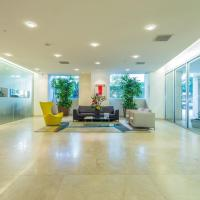 Whilshire Margot-Luxury 2 BDR Condo at Beverly Hills Westwood