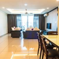 Luxury 4 Bedrooms Suite near Queensbay Mall