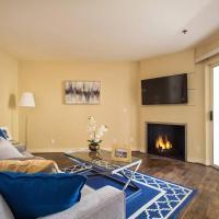 The Grove Luxury Suite