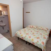 Double Room Tucepi 13056a