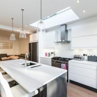 NEW 4BD House In St Margarets Village Twickenham