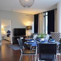 Luxurious 2BR, core of Toronto