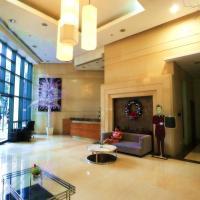 McKinley Park Residences Apt Hotel by ACP w/ NETFLIX 20Mbps Fiber