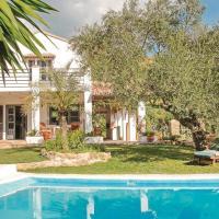 Two-Bedroom Holiday Home in Cortes de la Frontera