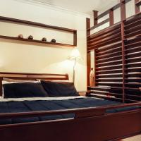 1014 West Insula Suites by AYS