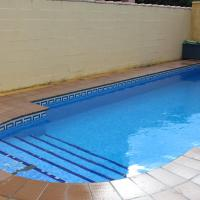 Chalet Popeye con piscina