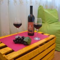 """Cozy Apartment in Old Tbilisi """"Solo-lucky"""""""