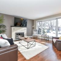 Stunning Newly Furnished Single Home Near Downtown