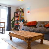 1 Bedroom Flat in East London Sleeps 4