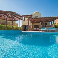 Villa in El Gouna with Pool