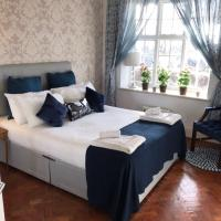 Finchley Apartment