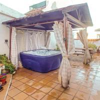 Three-Bedroom Holiday Home in Cortes de la Frontera