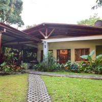 ecological Arenal cottage