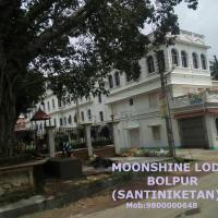 Moonshine Lodge