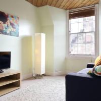 1 Bedroom Apartment in Edinburgh's Old Town Sleeps 4