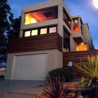 Bay View Modern Villa - A VHC Exclusive Home